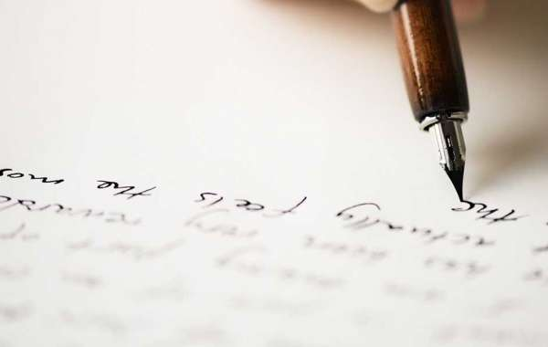 Steps to Create an Outstanding Introduction for Your Critical Analysis Essay